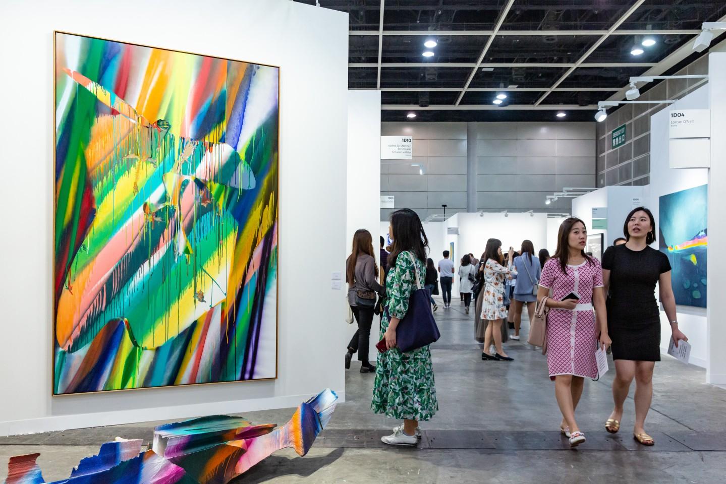 收藏入门:在艺博会上买艺术品要注意哪些?